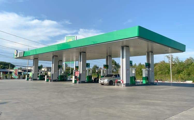 How Does Gas Station Insurance Help With Liability Claims?