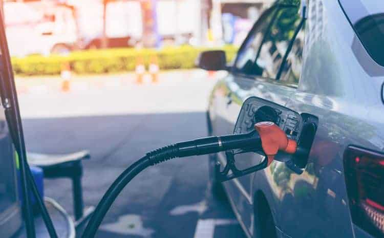 How Does Gas Station Insurance Protect Your Business, Employees & Patrons